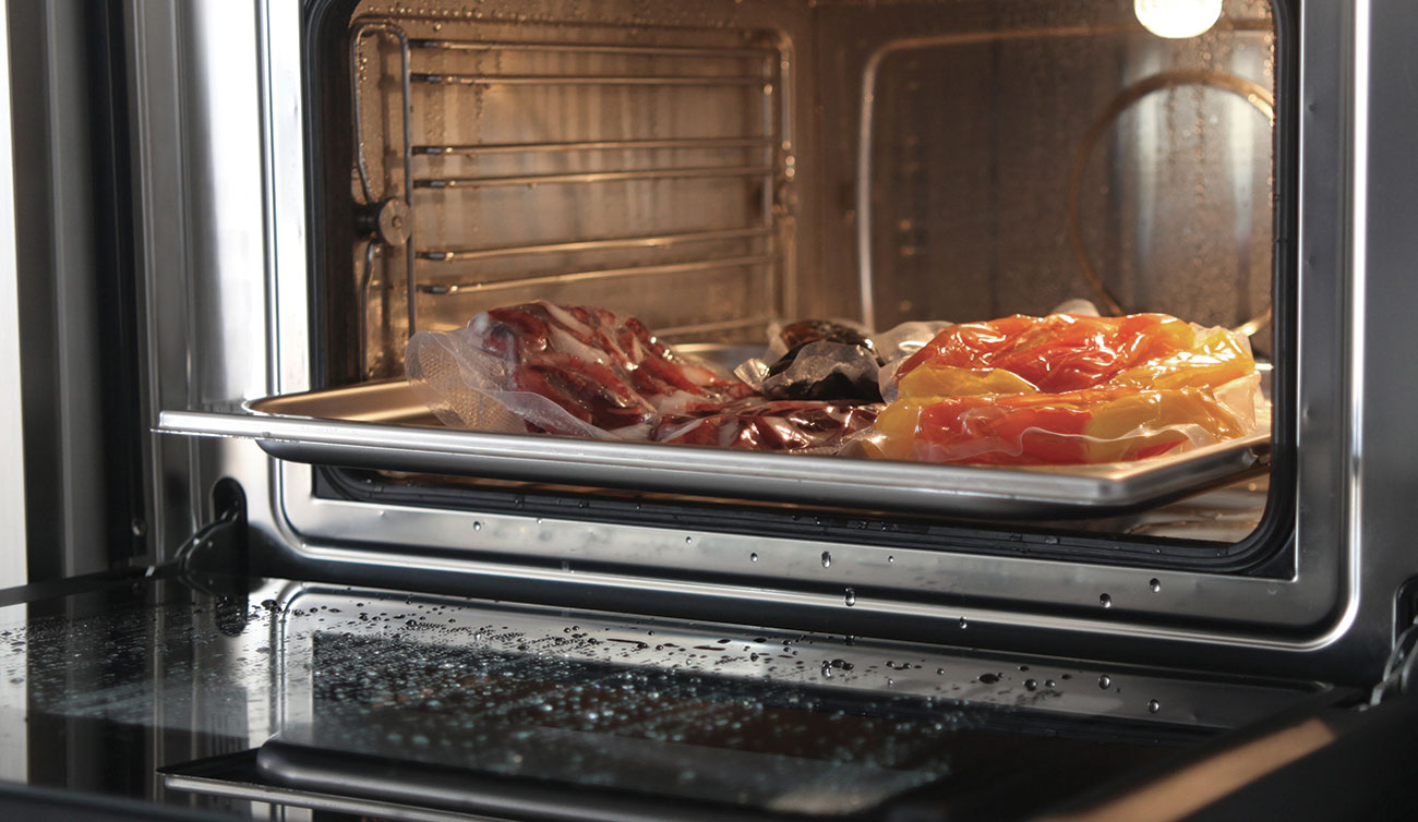 Steam oven, chiller blast and vacuum drawer
